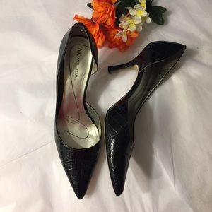 Anne Klein D'Orsay black patent pumps BOGO 1/2 OFF